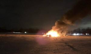 美国一军用直升机坠毁致3人死亡,现场燃起大火